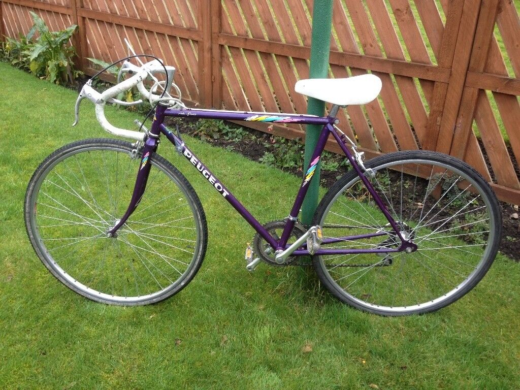 PEUGEOT RACING BIKE, It is in very good used condition 21 inch frame 27 inch wheels, 12 gears all wo