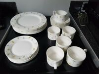 Dinner set fine bone china