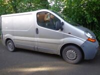 2003 6 speed renault traffic 1.9 dci diesel+mot till jan+taxed needs some tlc DRIVEAWAY OR DELIVERY