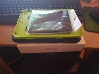 Ipad mini 2 32gb Mint Condition used once + free case