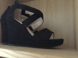 Gorgeous size 4 shoe boots never worn too small.