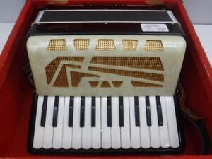 Vintage Accordion For Sale at Cash Pawn! - We Buy and Sell Musical Instruments - 117307 - NR1115405