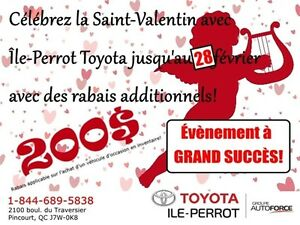 2014 Ford Fiesta SE, 4 PORTES, SPECIAL DU PERE NOEL!, A/C, MAGS