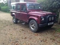 Land rover defender 110 county station wagon Td5