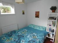 Double room in friendly house share in seven dials