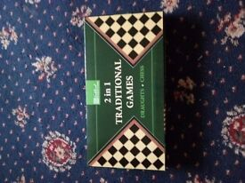 2 in 1 draughts and chess set
