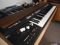 Roland VK7 organ