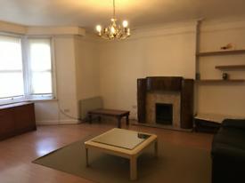 3 bedroom flat in Warwick Avenue, Maida Vale London W9