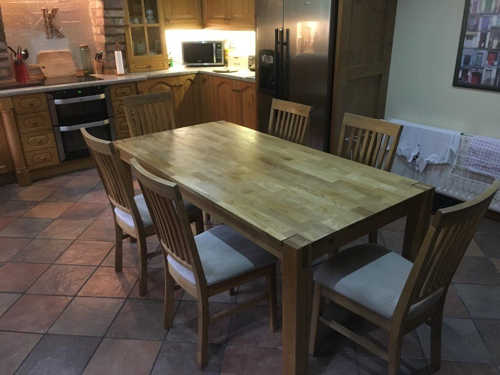 AS NEW Solid Oak Dining Table BELFAST NEWCASTLE Can Deliver If Required Kitchen 6 Chairs