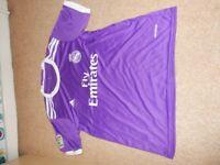 Ronaldo No.7 Football Kit - T-shirt, Shorts, Socks and keyring