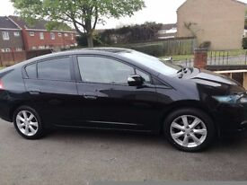 Honda hybrid low millage, very good conditions, look like new