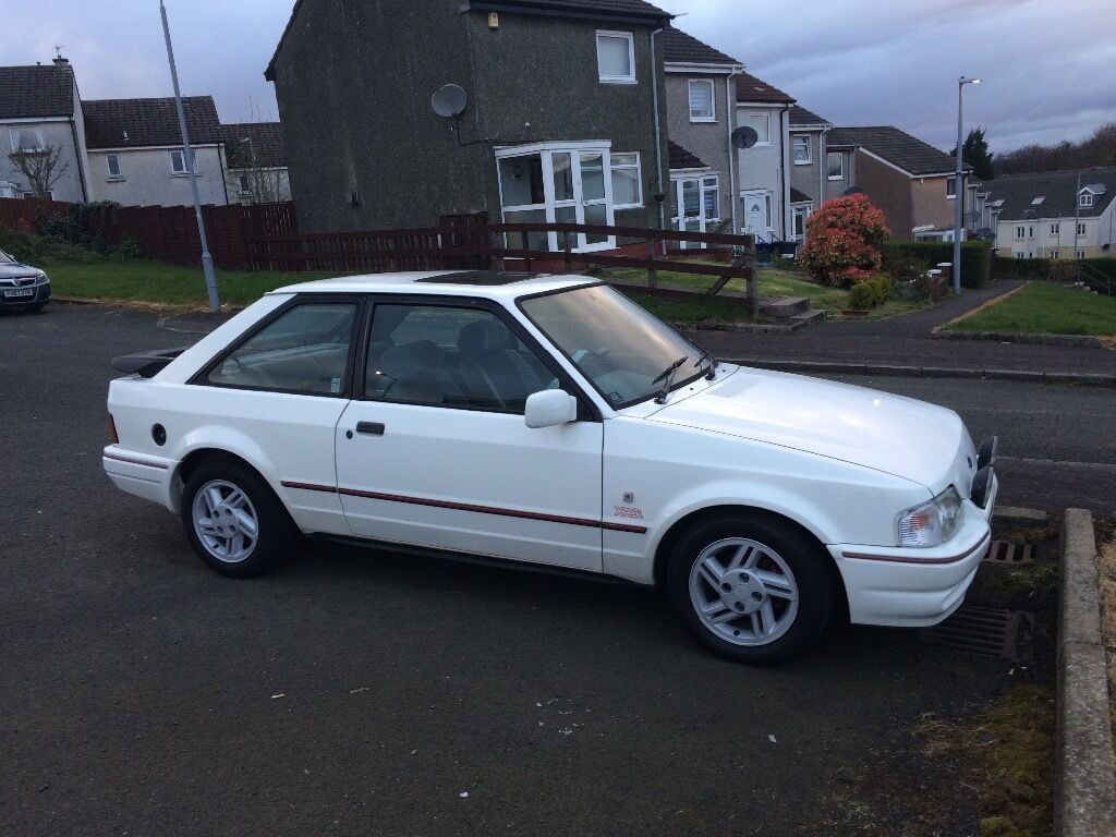 ford escort xr3i efi 90 spec genuine 50 000 miles in barrhead glasgow gumtree. Black Bedroom Furniture Sets. Home Design Ideas