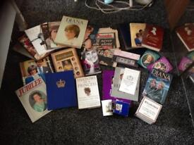 Selection of books and 3 cups etc on the royal family and 2original newspapers from 1997 0n Diana