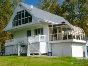 230 000$ - Maison à un étage et demi à vendre à Roquemaure