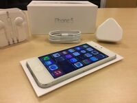 Boxed White Apple iPhone 5 32GB Factory Unlocked Mobile Phone + Warranty