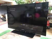"""Sony Bravia LCD TV 32"""" (model KDL-32CX520) with stand"""