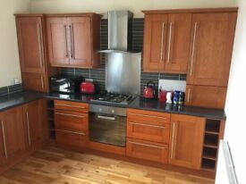 Stylish, Central, One Bedroom Flat with Dining Kitchen (Furnished or Unfurnished)