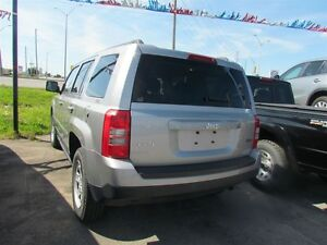 2015 Jeep Patriot Sport/North * 4X4 * ONE OWNER London Ontario image 4