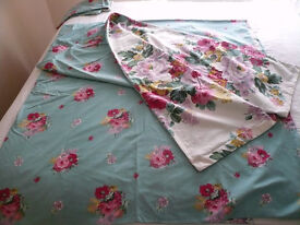 TWEEDMILL KING SIZE DOUBLE SIDED FLORAL DUVET COVER & PILLOWCASES