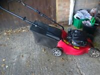 Mountfield petrol rotary lawn mower with grass box primer bulb has a small hole vgc