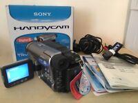 SONY DCR-TRV270E Handycam 8 Digital Camcorder - Like New Never Used - Ideal Christmas Present
