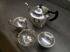 Viners of Sheffield chased silver plate tea set