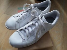 Puma Turin WHITE Trainers Sports Running Laces trainer size 8 (MENS OR LADIES)