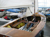 Wooden sailing dinghy GP14 Sail no. 11697. Average condition ready to race or sail for leisure