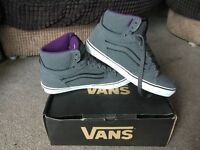 BRAND NEW VANS WITH BOX SIZE 10 MENS