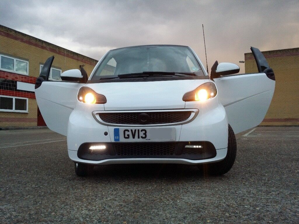 2013 Smart Car, Fortwo 1.0 MHD, Road tax free, MOT and service £4545 Or Nearest Offer