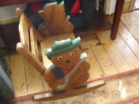 HAND MADE CARVED SOLID WOOD TODDLER/CHILDS NURSERY ROCKING CHAIR WITH TEDDY BEAR SIDES