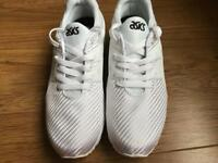 ASICS gel trainers size 7