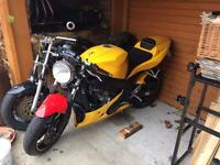 O4 triumph Daytona street fighter