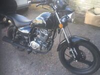 Zontes 125 mint condition hardly used ideal first bike,buyer collects