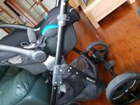 Venicci Carbo Special Edition 3 in 1 Travel System with black chassi