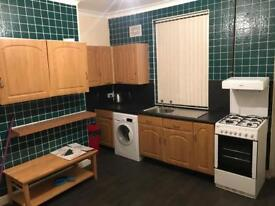 2 bedroom house for rent newly renovated