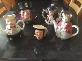 Collectible tea pots/ Toby jug