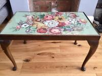 Vintage/shabby chic small table