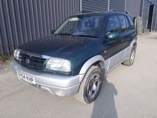 breaking green 2004 suzuki grand vitara lwb 2 0 petrol manual 4x4 parts  spares | in Caersws, Powys | Gumtree