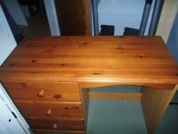 Dressing table and stool (oak effect)
