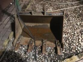 JCB mini digger bucket 2ft