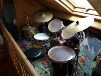 Pearl Maxwin 5 peice drumkit