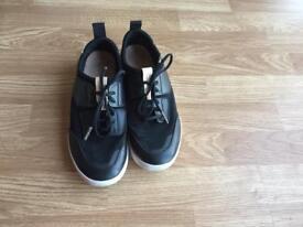 Womens Clarks shoe- size 6