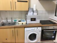 bright self-contained studio flat to let @ CT17 9SP near station and town centre Dover available now