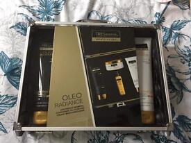 TRESemme Specialist Oleo Radiance gift set
