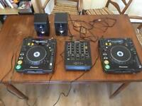 Excellent cond 2x CDJ 1000 , mixer numark and alsesis speakers , boxed and with connecting wires