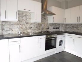 4 beds family house in wimbledon chase sw20!!Easy public transport and fantastic local schools.