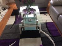 Coffee table good as new 40 pound s must uplift