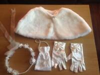 Holly communion girls accesories
