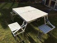 Folding aluminium camping table